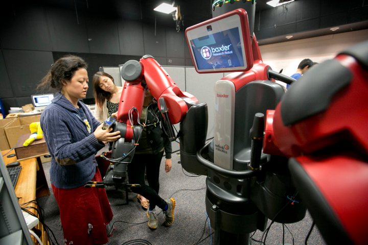 Postdoc Jane Li of Kris Hauser's laboratory describes the gripper and sensor attachments to the commonly used Rethink Robotics Baxter robot that formed the base of Team Duke's entry to the Amazon Picking Challenge