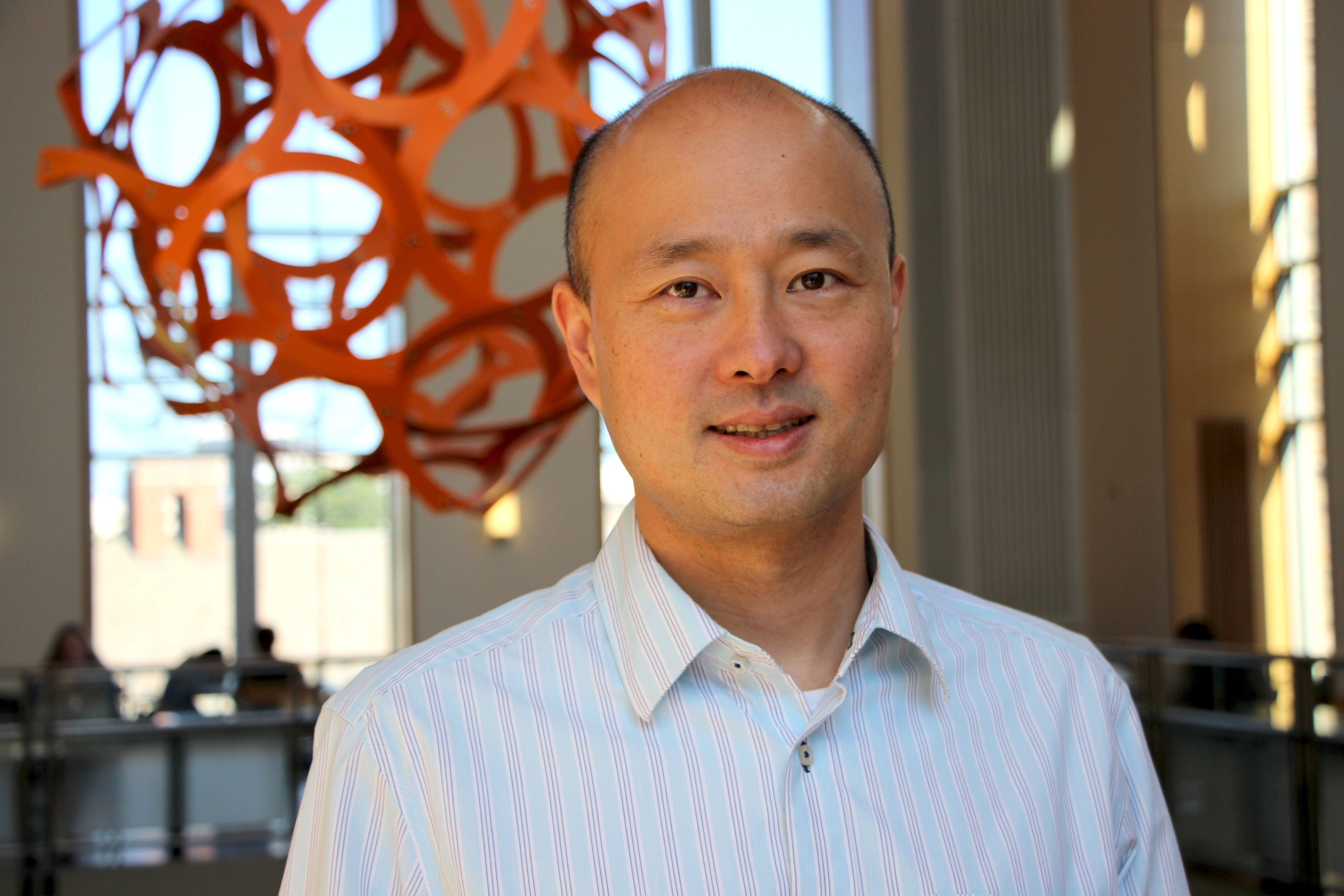 Xiling Shen, director of the Woo Center for Big Data and Precision Medicine