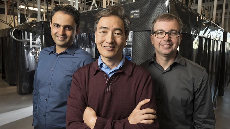 Iman Marvian, Jungsang Kim and Kenneth Brown in quantum computing lab