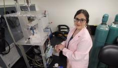 Joana Sipe in her lab