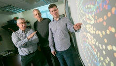 Chris Tralie visualizes data analytics with mentors